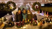 Adventsmarkt 2017 - tolle Adventskränze der Klasse 4b - Foto/Abbildung: Frauke Wolf